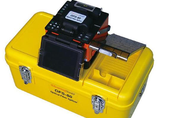 光纤熔接机的详细信息以及它的使用方法